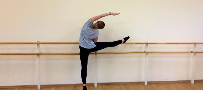 Cum decurge o clasa de balet