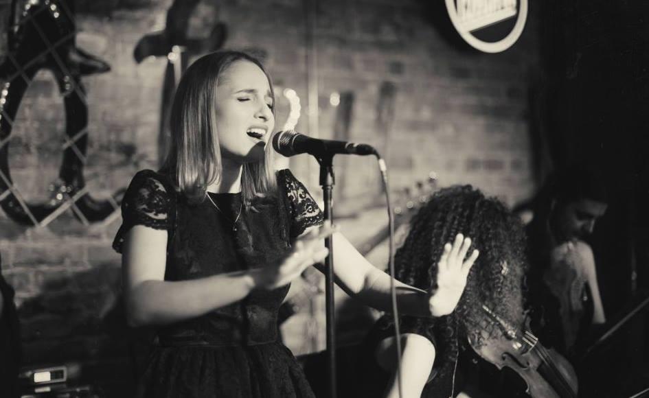 Concert Lucia la unteatru