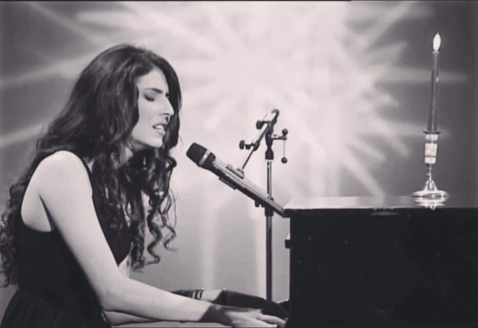 concert Alma Nicole la unteatru