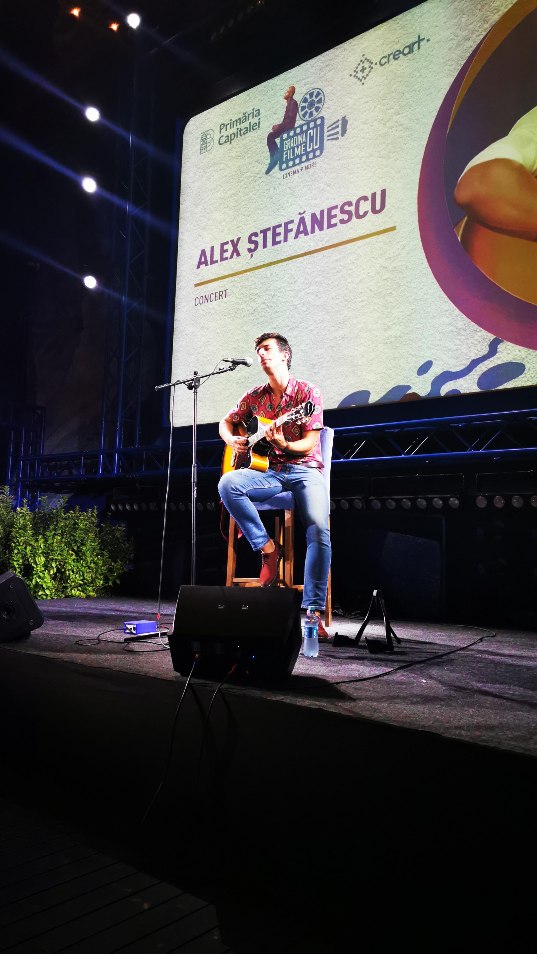 Alex Stefanescu In concert la Grădina cu filme